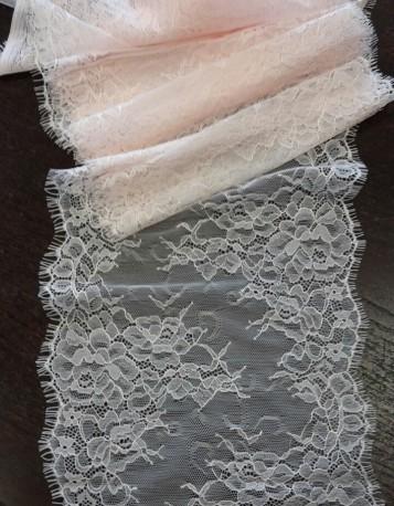 Dentelle pour robe 21cm large